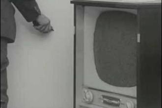 JOSEPH BEUYS   Filz TV   1970   10'